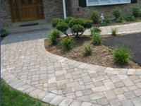 Paver walkways come with a variety of stones and colors